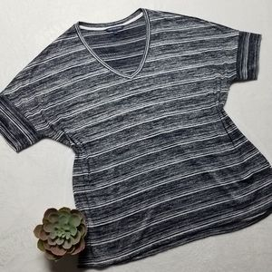 CALVIN KLEIN JEANS striped blue/white v neck top